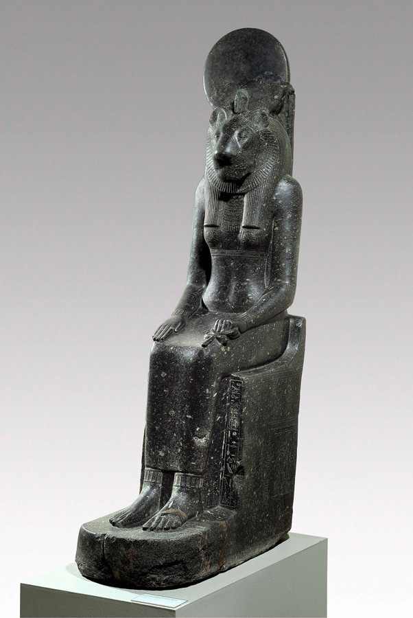 セクメト女神座像 前1388~前1351年 ©Staatliche Museen zu Berlin, Ägyptisches Museum und Papyrussammlung Berlin / J. Liepe