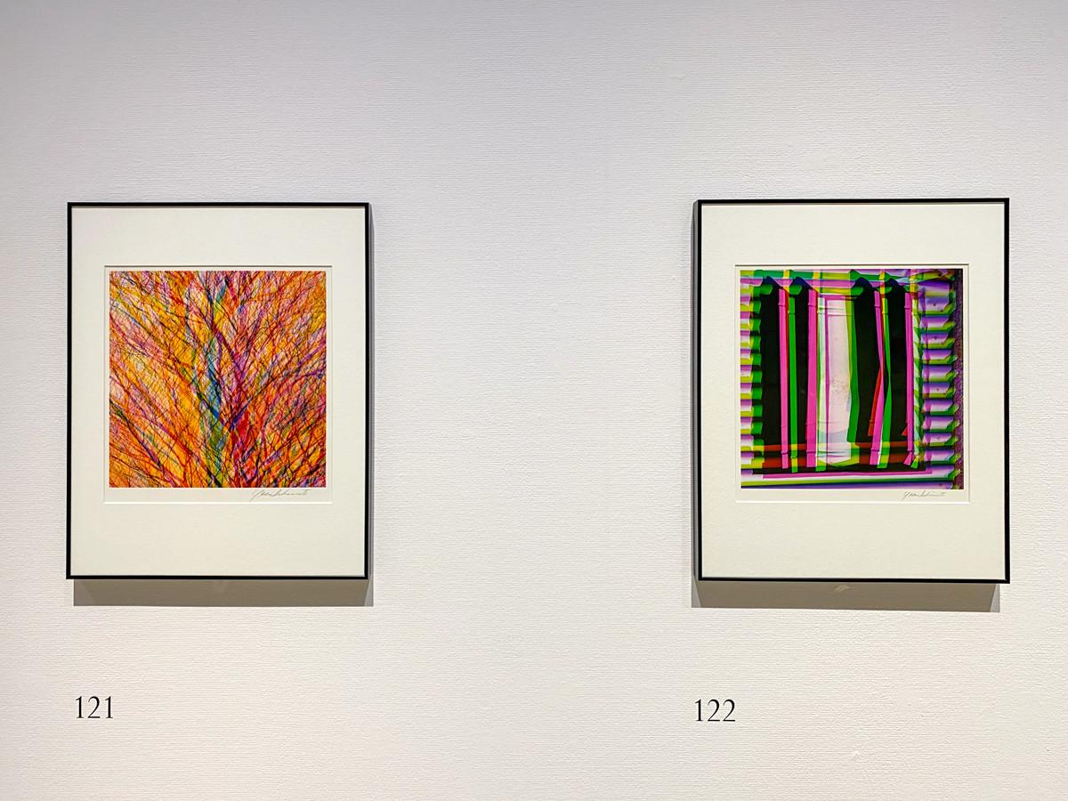 「多重露光」より (左から)《色とかたち》1983年頃 / 《色とかたち》1970年代-89年 ともに 東京都写真美術館蔵 ©高知県, 石元泰博フォトセンター