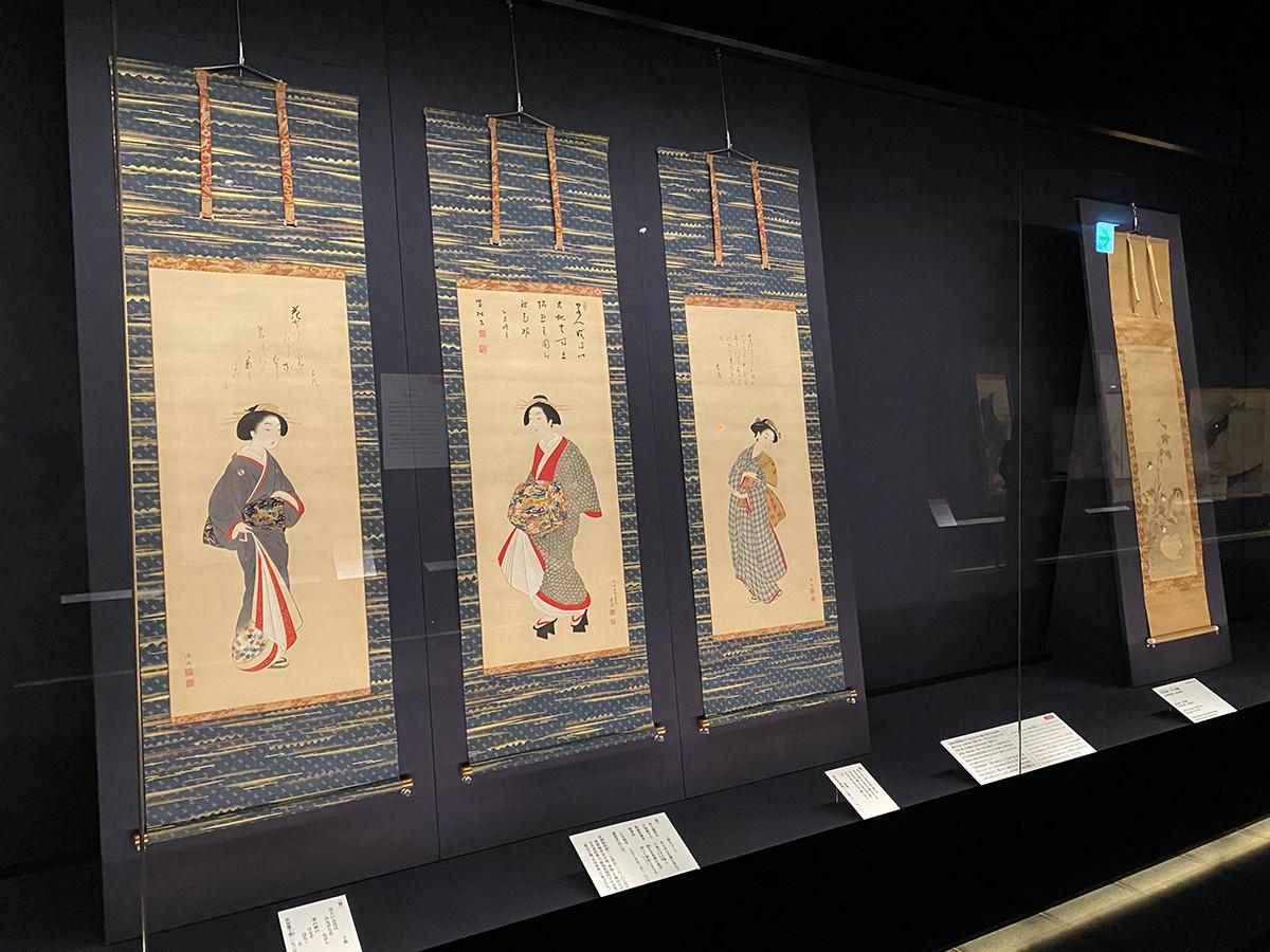 (左から)円山応挙・源琦《三美人図》天明3年(1783) / 円山応挙《子犬に綿図》18世紀後半