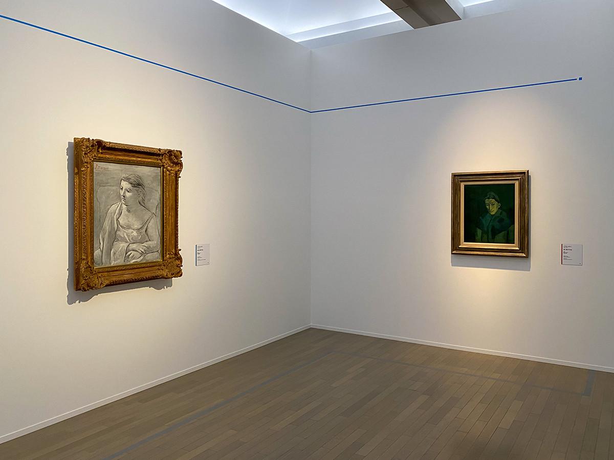 (左から)パブロ・ピカソ《肘かけ椅子の女》1923 富山県美術館 / パブロ・ピカソ《青い肩かけの女》1902 愛知県美術館