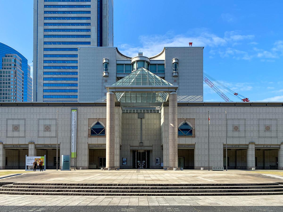 会場の横浜美術館