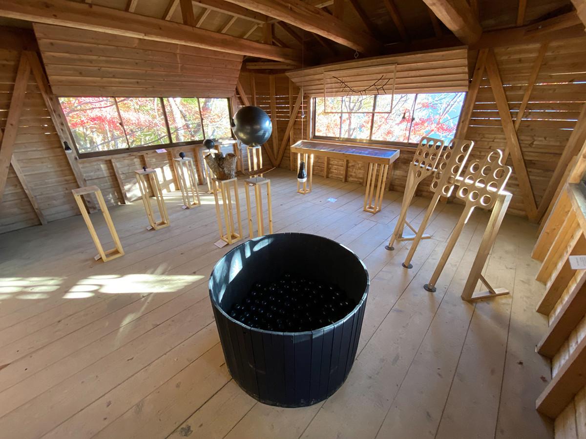 菊池宏子+林敬庸《ダラニスケ研究室》 室内はこんな感じ。
