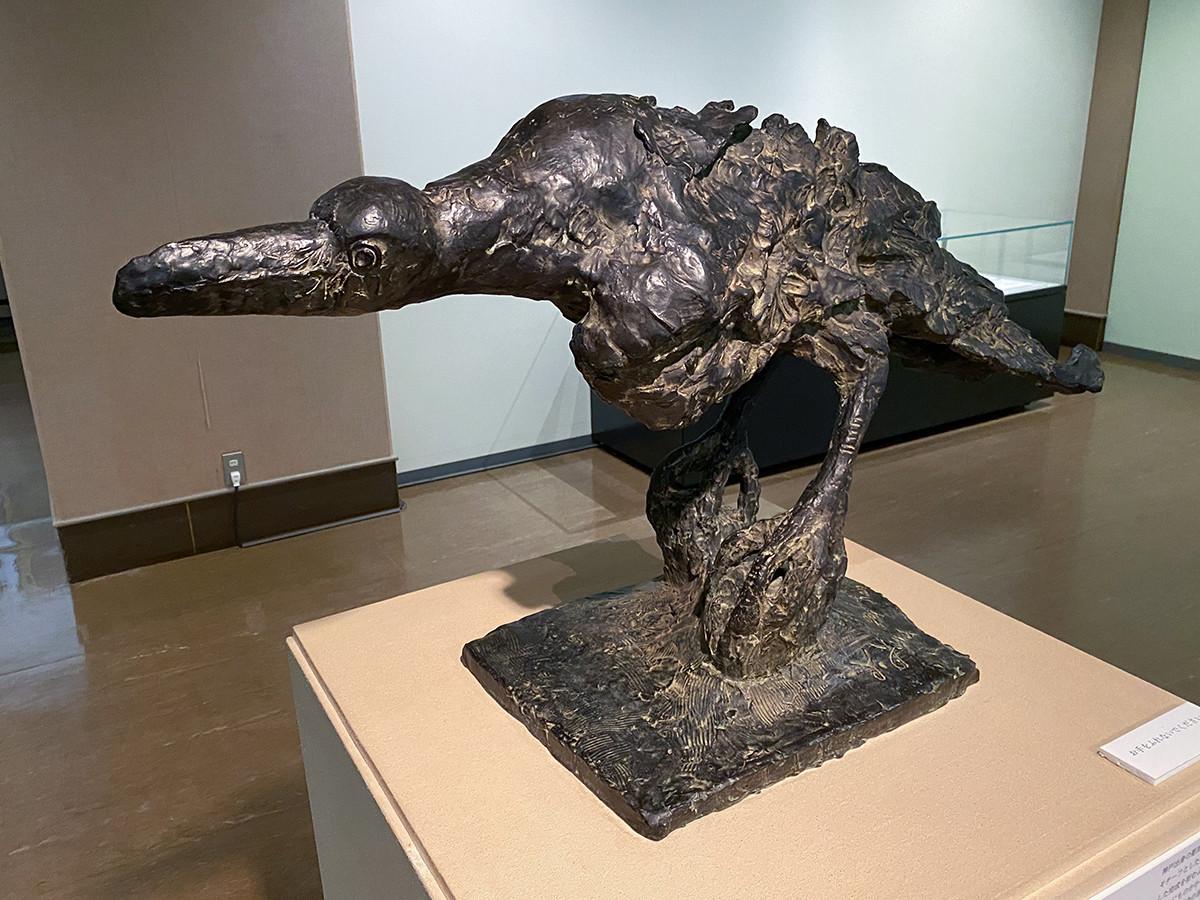 柳原義達《風の中の鴉》昭和56年(1981)