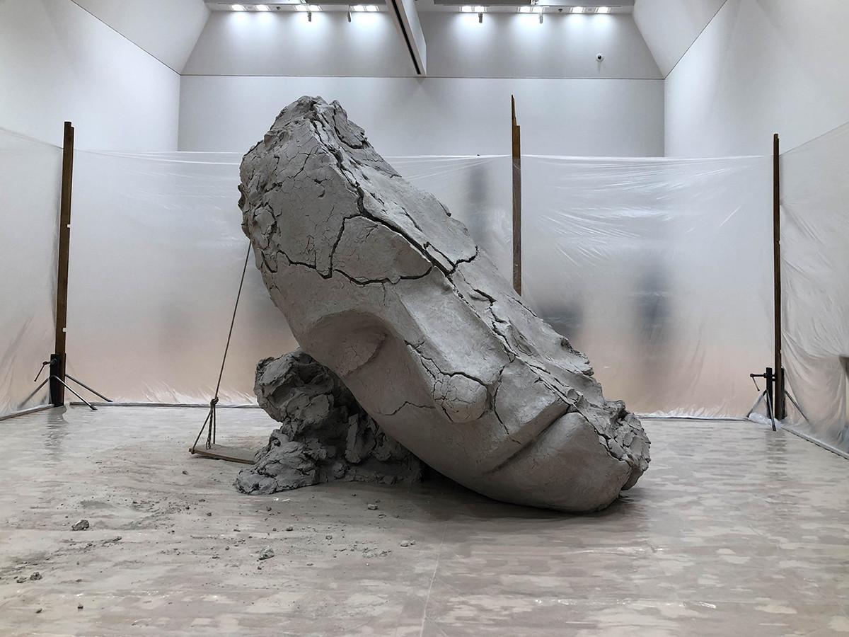 東京都現代美術館「マーク・マンダース ーマーク・マンダースの不在」展会場
