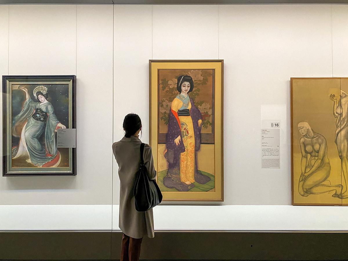2章–4「表面的な「美」への抵抗」 (中央)甲斐庄楠音《横櫛》大正5(1916)年頃 京都国立近代美術館[全期間展示]