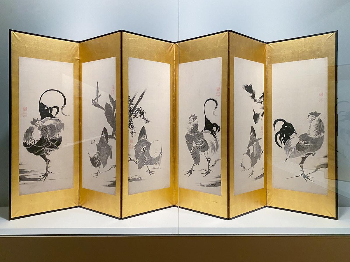 第7章「画壇の革新者たち」 伊藤若冲《鶏図押絵貼屛風》(六曲一双のうち左隻)江戸時代 18世紀