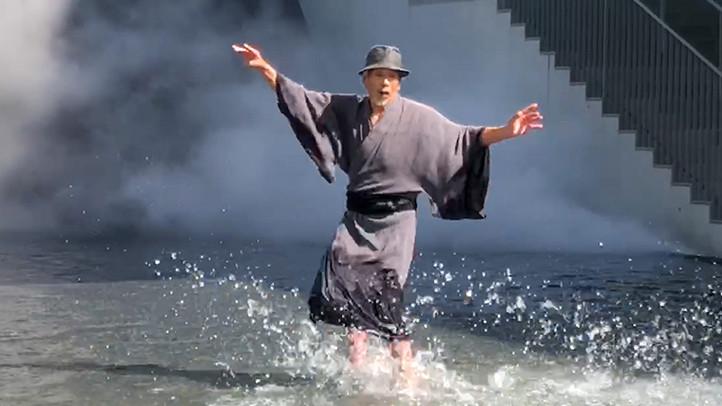 長野県立美術館 中谷芙二子「霧の彫刻」+田中泯「場踊り」
