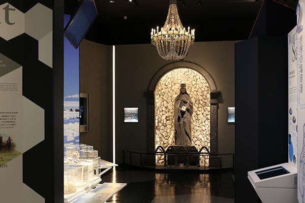 「たばこと塩の博物館」が移転リニューアル
