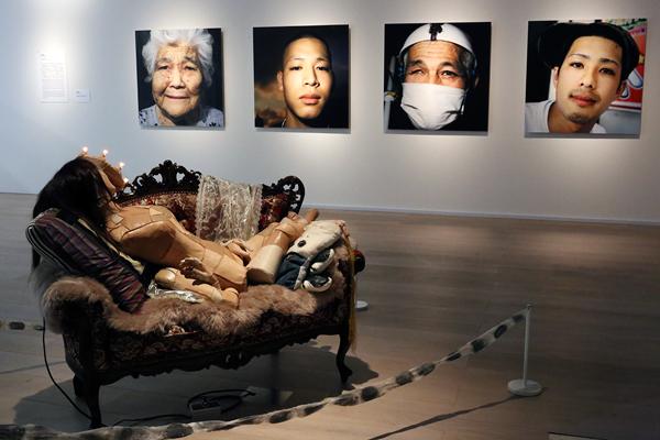 森美術館「六本木クロッシング2016展:僕の身体、あなたの声」